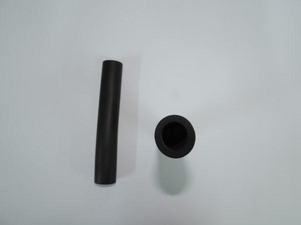Empuñadura para silla de paseo modelo nanuq y nanuq xl empuñadura de goma lisa. medidas largo 175 mm diámetro interior 18 mm diámetro exterior 30 mm