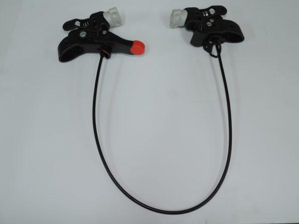 Conjunto de freno de jane del modelo carrera es el freno trasero se compone de los dos porta ruedas trasero con el cable permite frenar las ruedas.