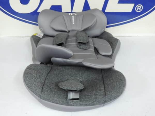 Tapizado completo de la silla de auto de be cool modelo pivot en color gris